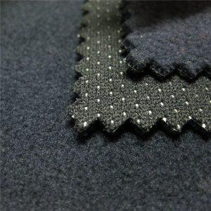 Kiváló minőségű vízálló TPU nyomtatott szövet polár gyapjú 3 rétegű laminált soft shell anyag