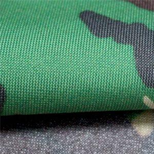 oxford szövetek: poliészter 600d, 300 g / m2, sima álcázott nyomtatás